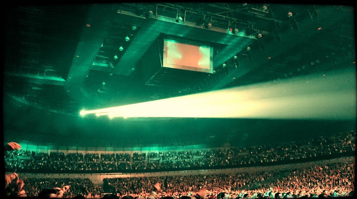 B'z LIVE-GYM 2015 -EPIC NIGHT- 横浜アリーナ1日目情報まとめ!!