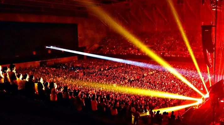 B'z LIVE-GYM 2015 -EPIC NIGHT- 朱鷺メッセ・新潟コンベンションセンター参戦者さん情報募集!!
